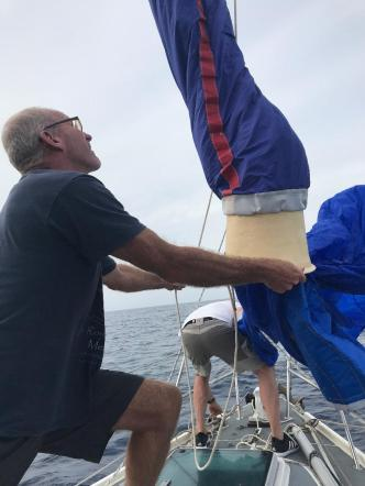 Launching the cruising chute